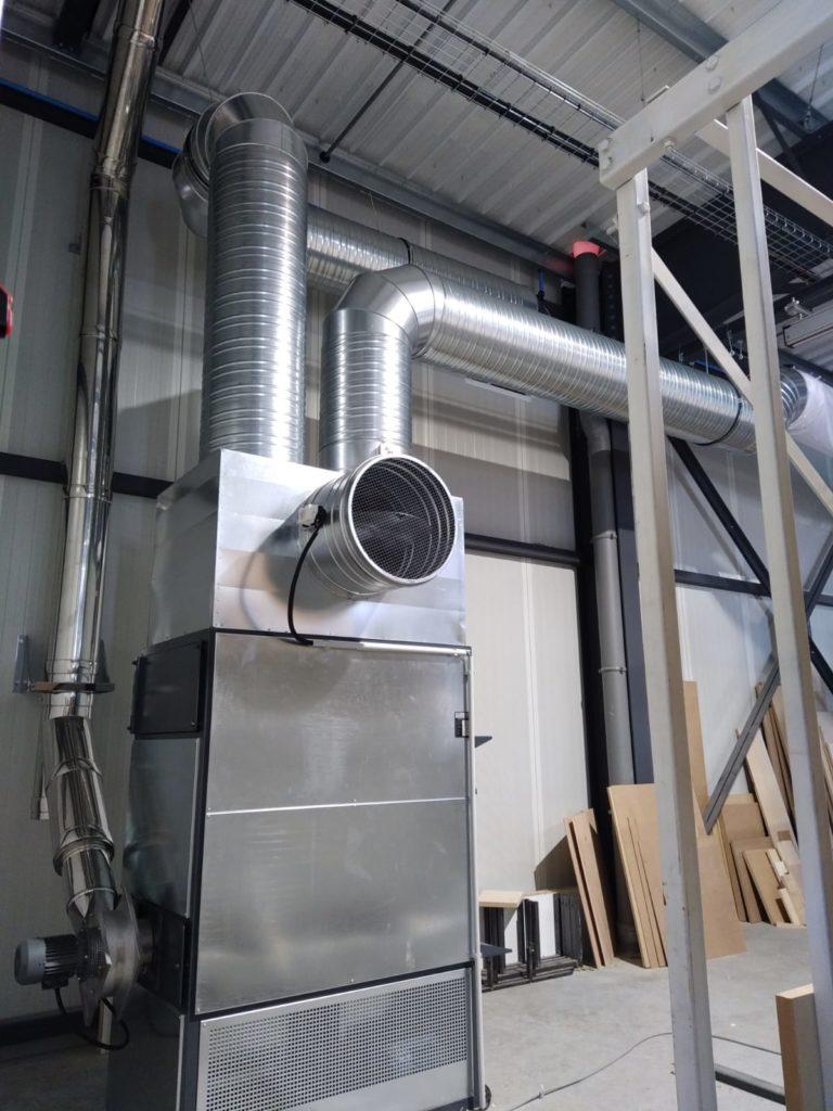 installation d'un générateur d'air chaud au bois